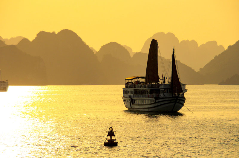 Luxury Halong Bay